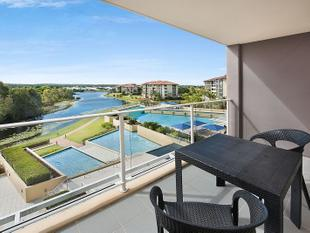 Quality Dual Key Unit With Loads Of Opportunity - Pelican Waters