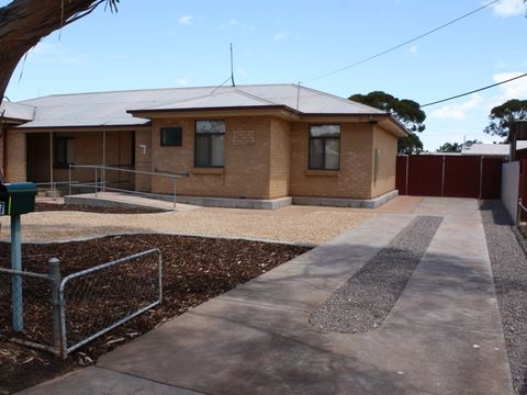 Whyalla Stuart, 7 Campbell Street