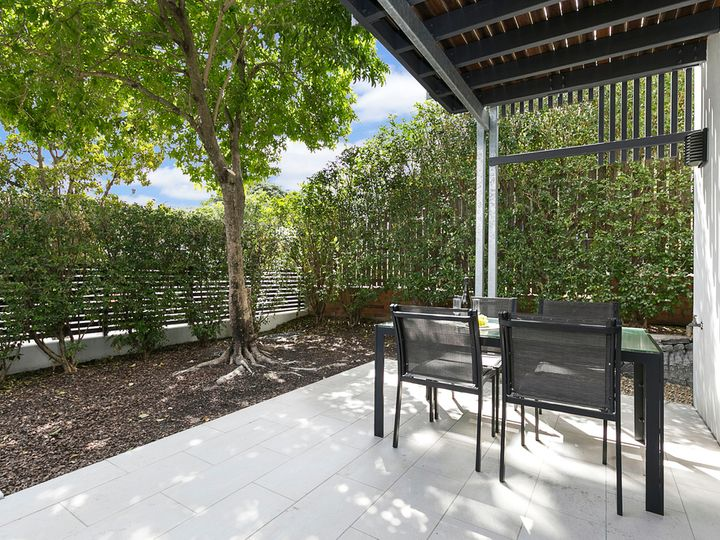 1/77 Douglas Street, Greenslopes, QLD