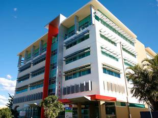 Million Dollar Fit out Available For Incoming Tenant - Upper Mount Gravatt