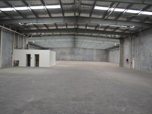 Lease now - 20% below market rates with cranes, yard and more - Coopers Plains