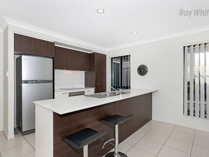 6 Medinah Circuit, North Lakes, QLD