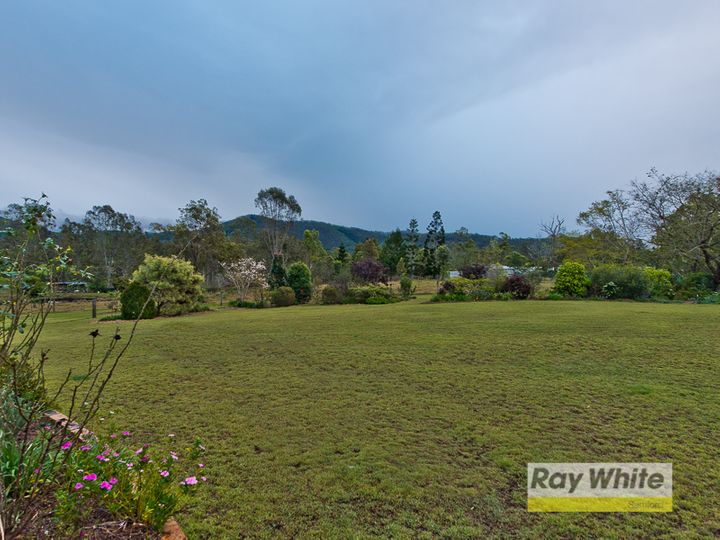 18 Mountain View Court, Samford Valley, QLD