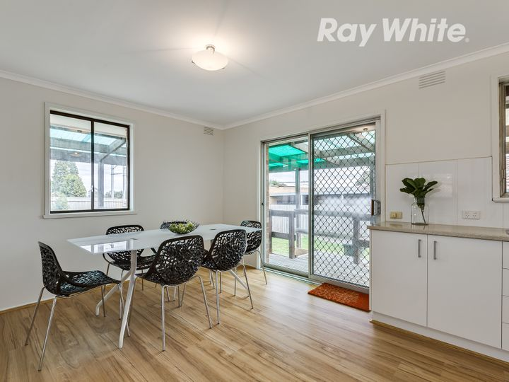 8 Henry Court, Epping, VIC