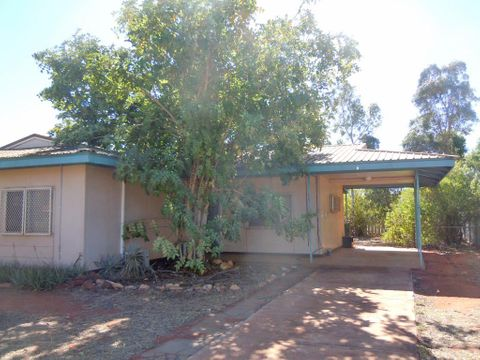 South Hedland, 6 Wambiri Street