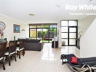 EXECUTIVE STYLE TOWNHOME LIVING - Parramatta