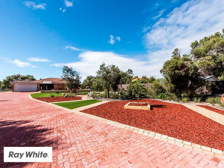 252 Vines Avenue, The Vines, WA