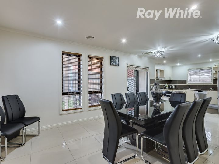 8 Mecklenburg Close, Epping, VIC