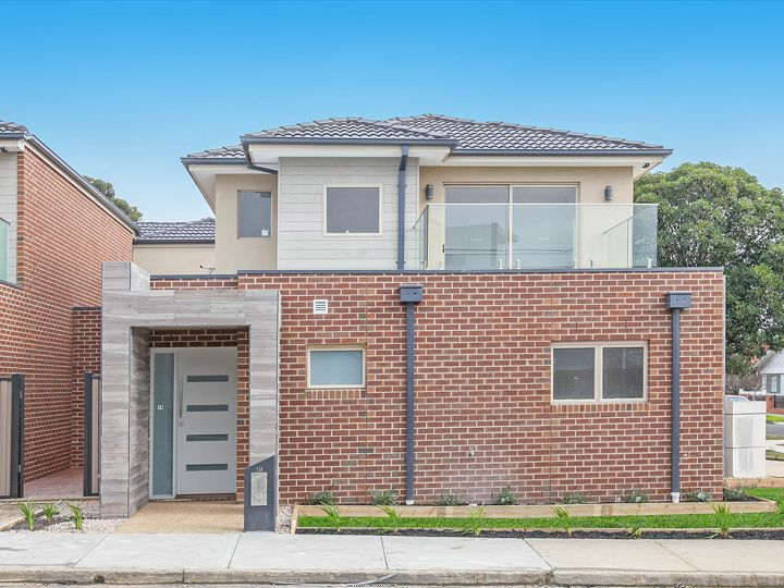 19 Donald Street, Preston, VIC
