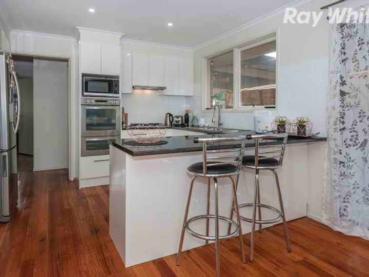 4 Karen Court, Mill Park, VIC