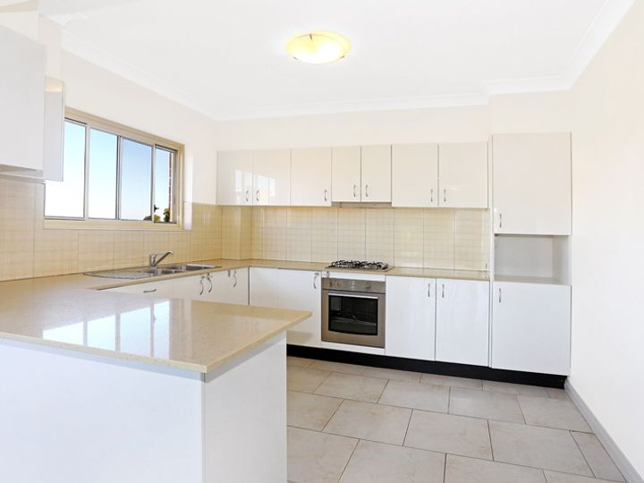 7/26 French Avenue, Bankstown, NSW