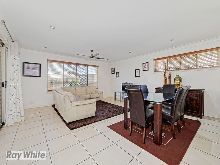 9 Sears Parade, North Lakes, QLD