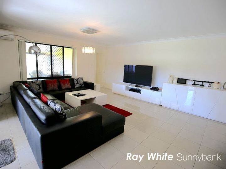 14 Yering Place, Wynnum West, QLD