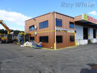 1,600m2* Yard plus Offices in Kaiapoi - Kaiapoi