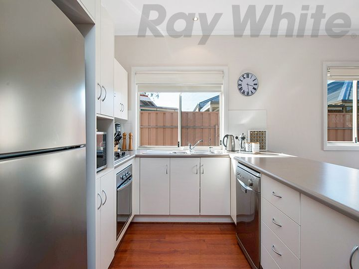 8A Lister Crescent, Woodville South, SA