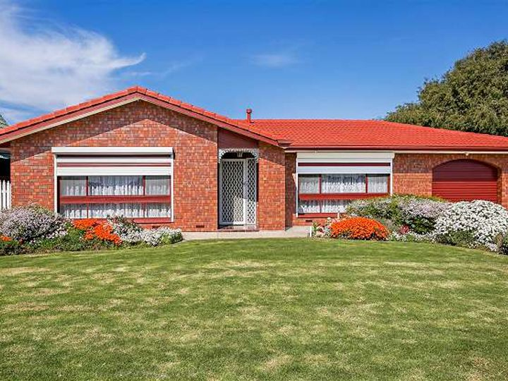 32 Lancaster Drive, North Haven, SA