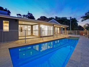 VOGUE LIVING WITH PANORAMIC OCEAN VIEWS - Tweed Heads
