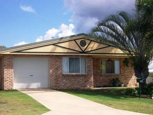 LOW SET BRICK HOME CLOSE TO THE GOLF COURSE - Yeppoon