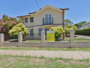 EASY LIVING TOWNHOUSE - Tamworth