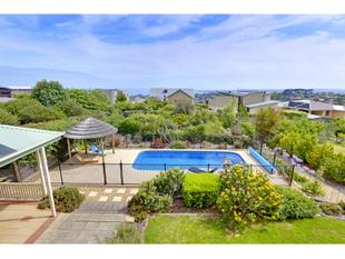 Beautiful Home with bay views - Mount Martha