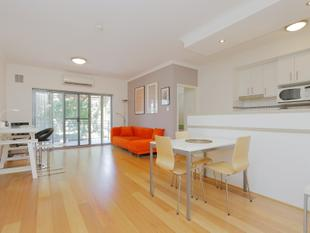 FURNISHED APARTMENT WITH PARK VIEWS - West Perth