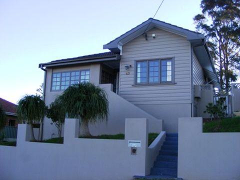 Wollongong, 34 Hillcrest Street