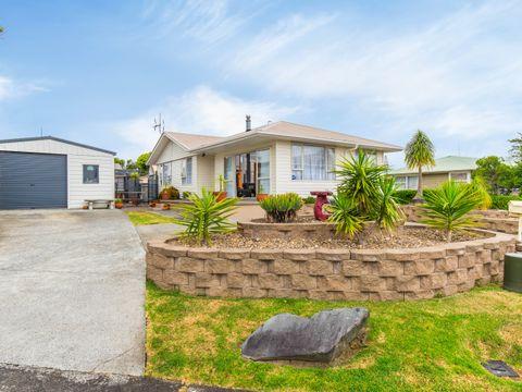 Te Atatu Peninsula, 29 Dawnhaven Drive