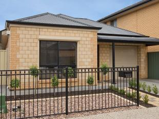Super Convenient, Spacious & - Mawson Lakes