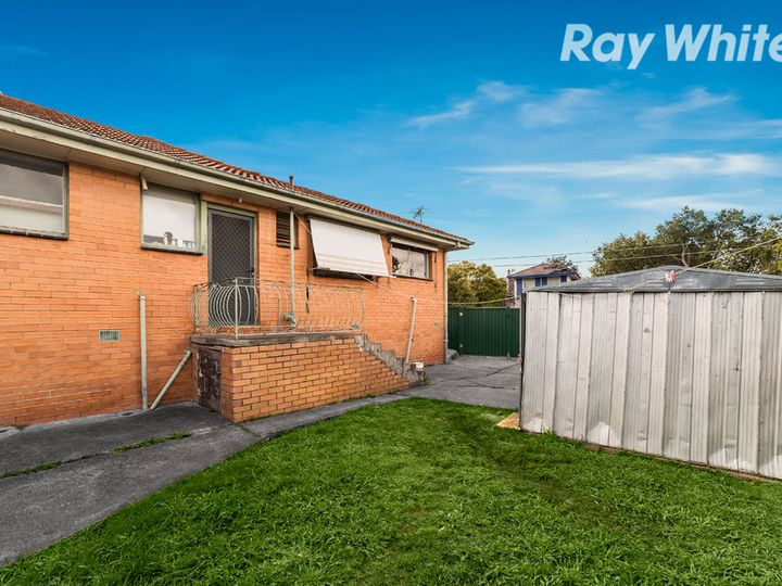 7 Golf Avenue, Kingsbury, VIC