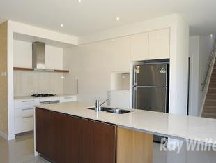 SPACIOUS 4 BEDROOM HOME IN THE SOUGHT AFTER WAVERLEY PARK ESTATE! PARTIALLY FURNISHED! - Mulgrave
