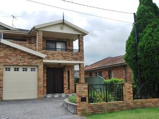 Modern 4 Bedroom Townhouse - Punchbowl