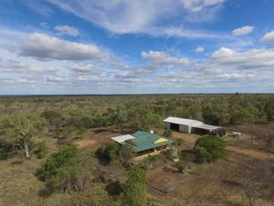 FANTASTIC LIFESTYLE OPPORTUNITY ON 262 ACRES - Emerald