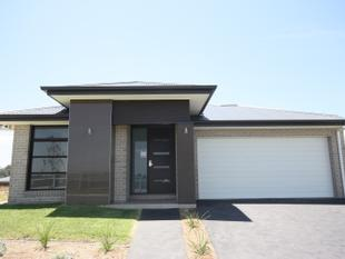 Brand New Home Ready To Move In! Only 5% Deposit Needed - Elderslie