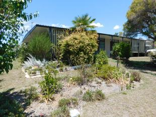 4 BEDROOMS LOVELY PRESENTATION - Nanango