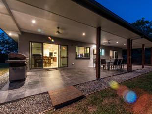 Family Friendly Acreage Home - Cannonvale