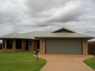 EXQUISITE HOME WITH PLENTY OF ROOM FOR EVERYONE - Gracemere