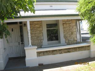 VILLA STYLE COTTAGE WITH 4/5 BEDROOMS! - Mile End
