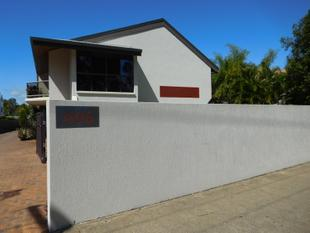 BEACH FRONT LIVING IN SECURE GATED COMPLEX - Torquay