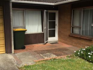 LOCATION LOCATION! - Papatoetoe