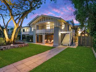 QUINTESSENTIAL GRACEVILLE FAMILY HOME ON 810SQM - Graceville
