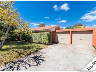 Two Bedroom townhouse with double garage  Close to Tuggeranong CBD - Bonython