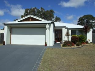 Spacious 4 Bedroom Home - Close to School - Crows Nest