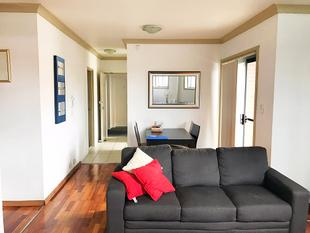 2 Bedroom Modern Apartment - Dulwich Hill