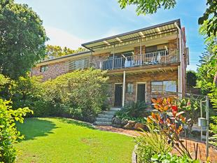 Dual Living Potential Perfect Family Home - Banora Point