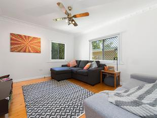 CHARMING POST WAR COTTAGE - PRICED TO SELL! - Mount Gravatt East