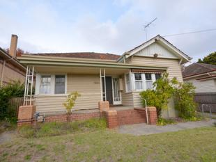 Three bedroom family home in great location. - Golden Point