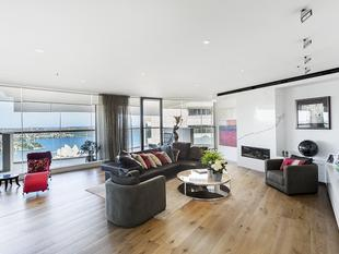 Executive Three Bedroom Sub-Penthouse in The Rocks - Sydney