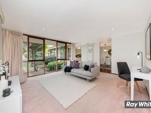 Separate Title Townhouse - Hawker