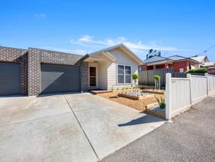 Modern Inner City Living at it's best - Ballarat East