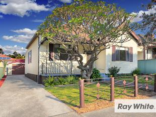 THREE BEDROOM FAMILY HOME IN QUIET LOCALE - Lidcombe
